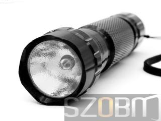 SZOBM Aluminum Flashlight